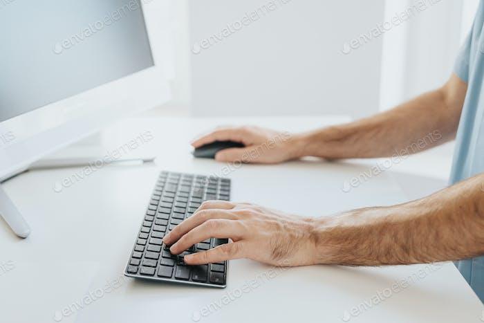 Schreiben in einem Computer