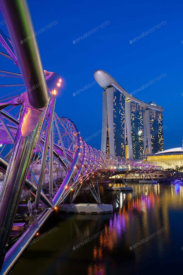 Marina Bay Sands Komplex bei Nacht
