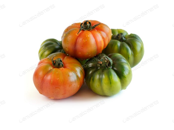 Fresh red and green costoluto tomatoes