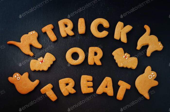 Trick or treat words cookies wiht halloween cookies