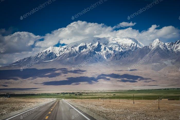 Karakorum Autobahn