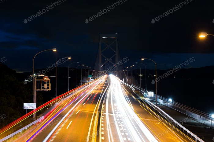 Nachtverkehr auf der Autobahn