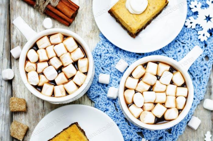 hot cocoa with mini marshmallows