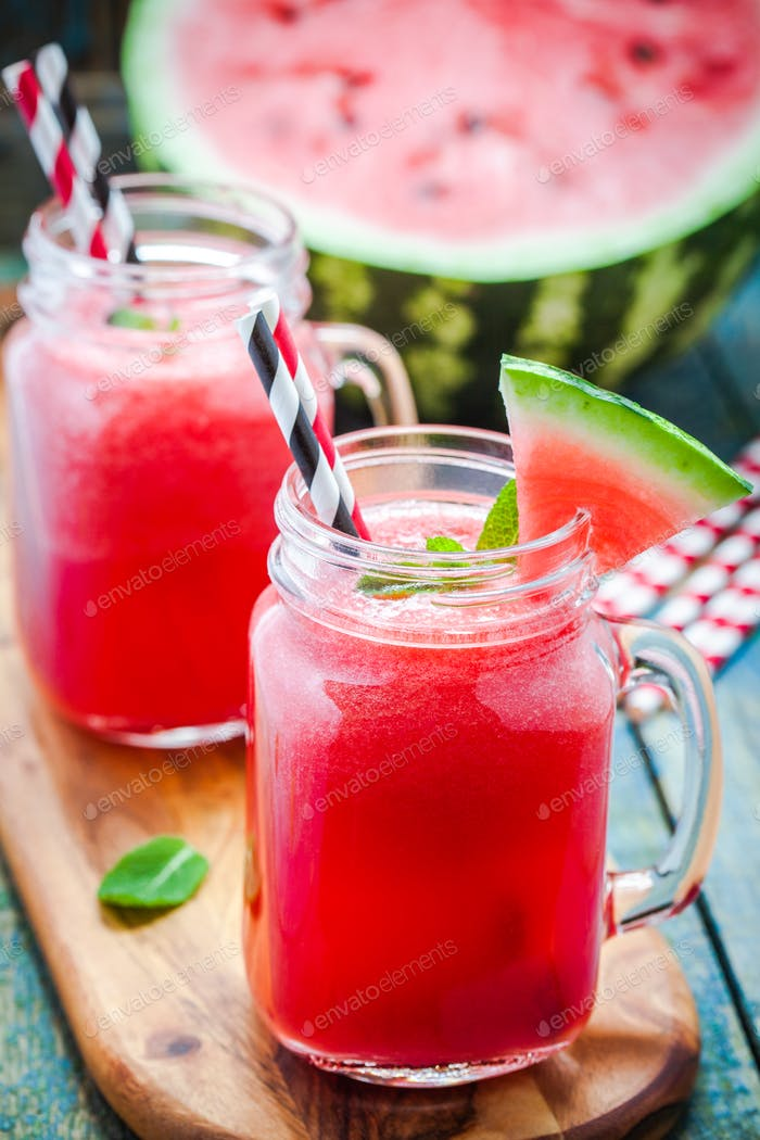 Watermelon smoothie in a mason jar