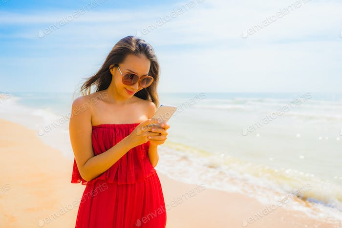 Portrait beautiful young asian woman using cellphone or mobile p