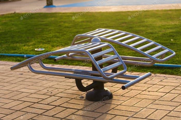 Metallstahl Sporttrainer Ausrüstung für Sport draußen auf der Straße