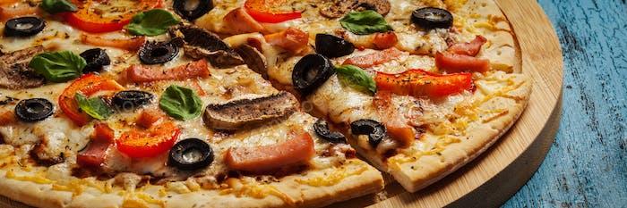 Ham pizza close up letterbox