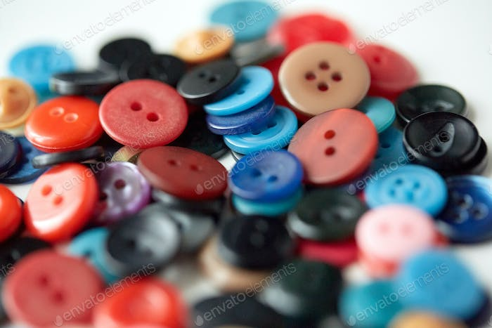 many sewing buttons