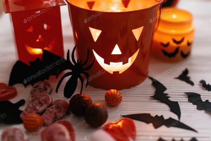 Halloween Jack o Laterne, Eimer mit Urlaub Süßigkeiten