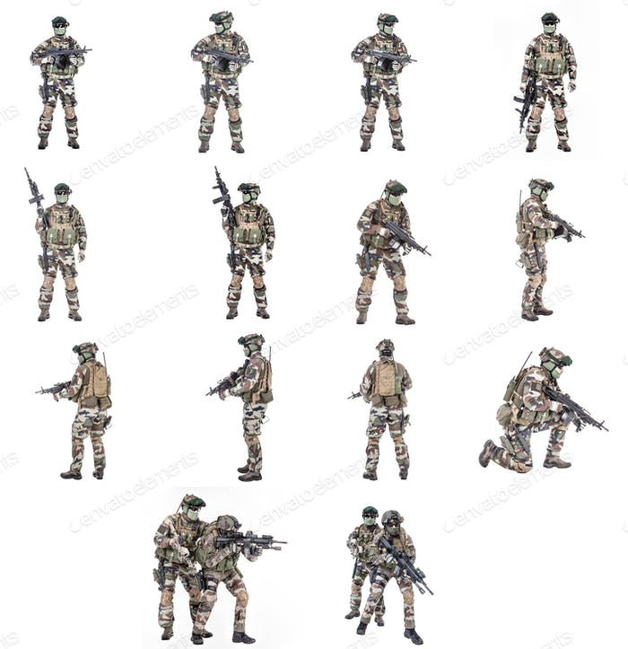 French paratroopers with weapons collection