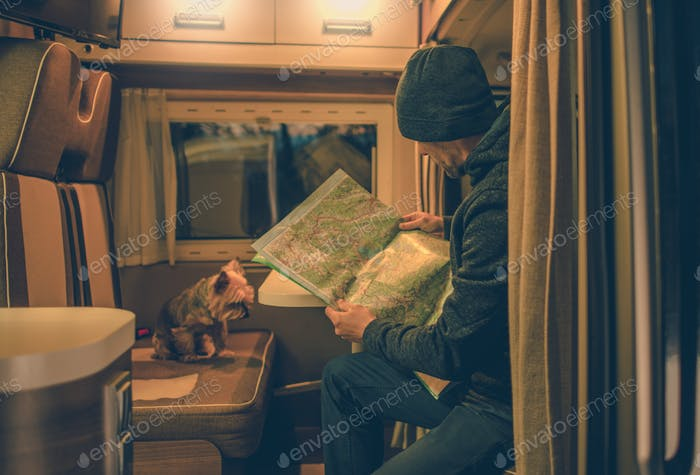 Planification de voyage dans le camping-car