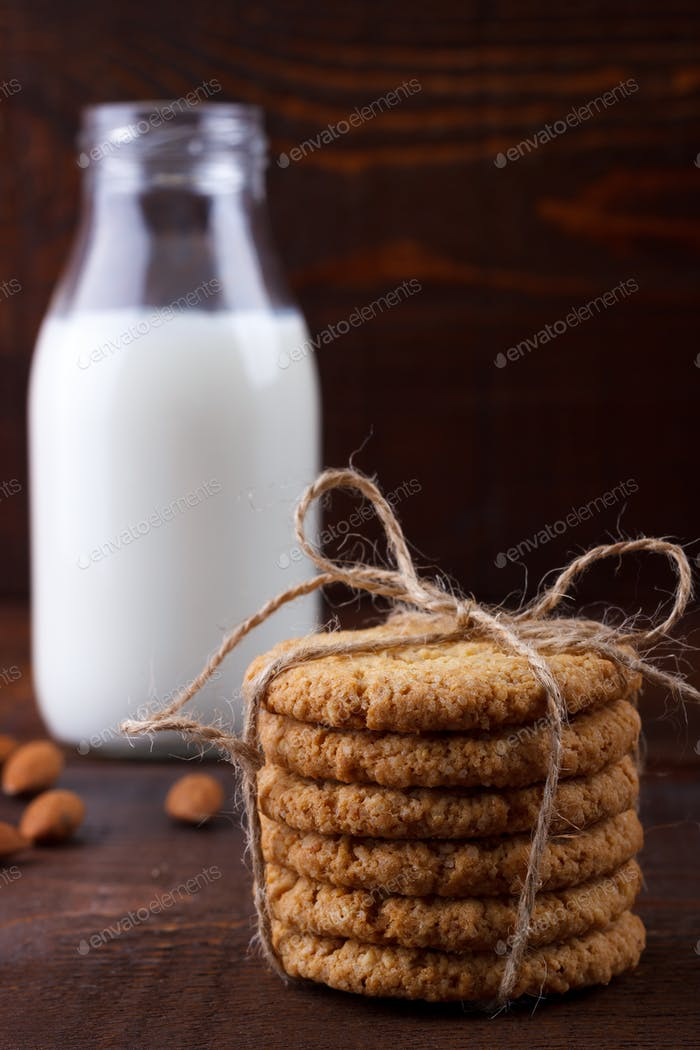 Healthy oat cookies and milk