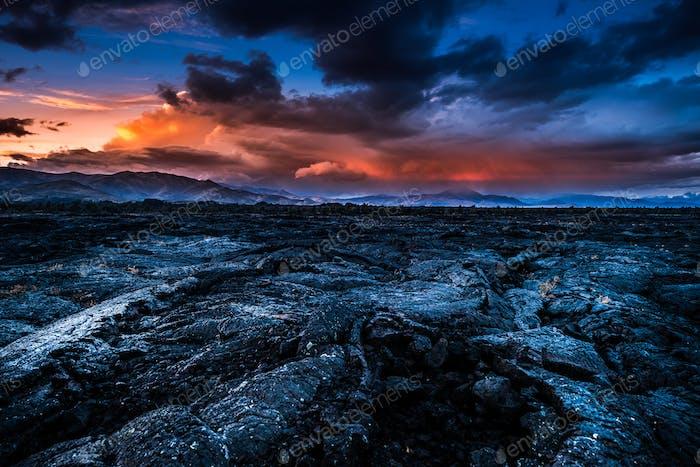 Sturmwolken über Krater des Mondes Idaho Landschaft