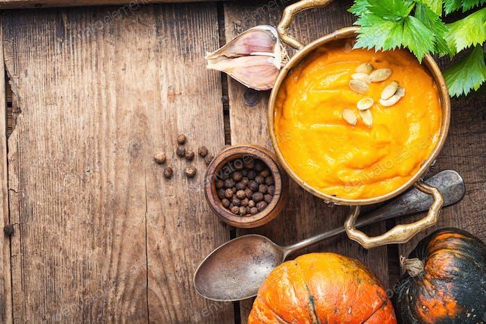 Pumpkin creme soup
