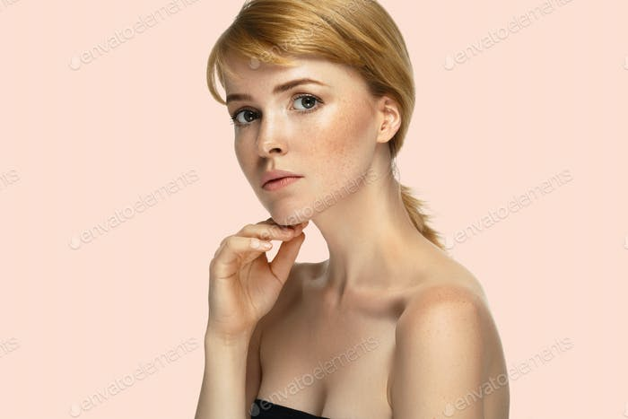 Schönheit Frauenhaar Schönheit rosa Hintergrund