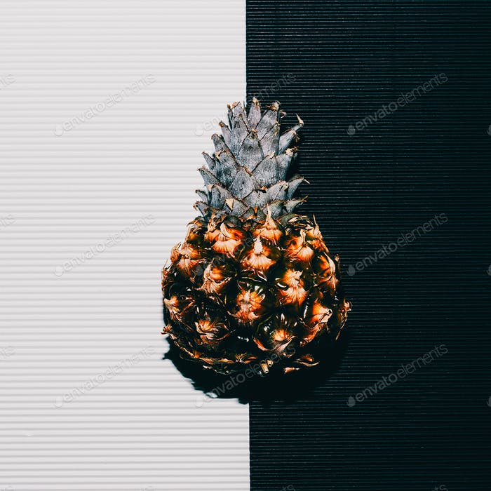 Pineapples fashion White black minimal art