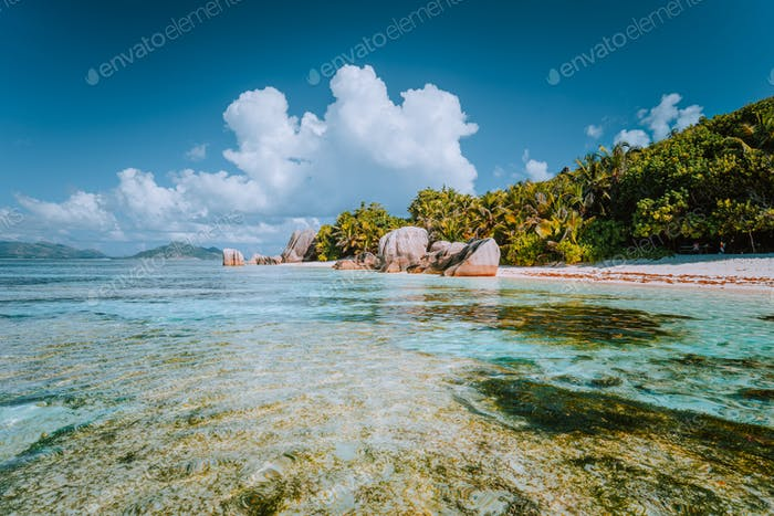 Anse Source d'Argent - Paradise beach with bizarre rocks, shallow lagoon water on La Digue