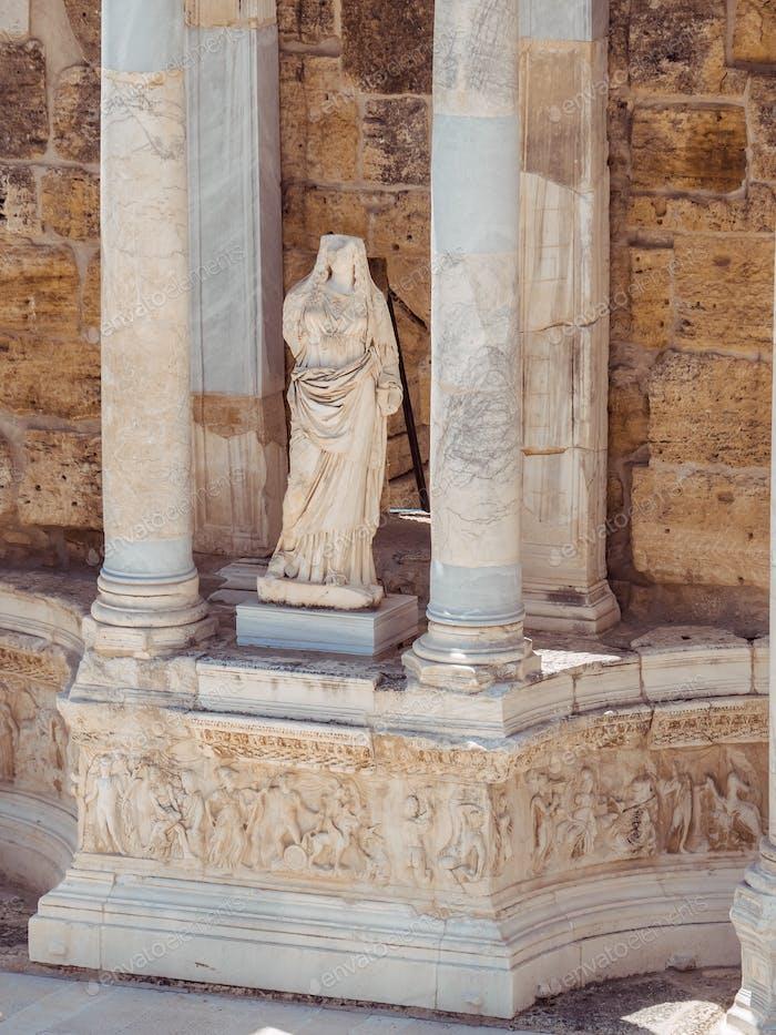 Ruine der Stadt Hierapolis in der Türkei in Pamukkale