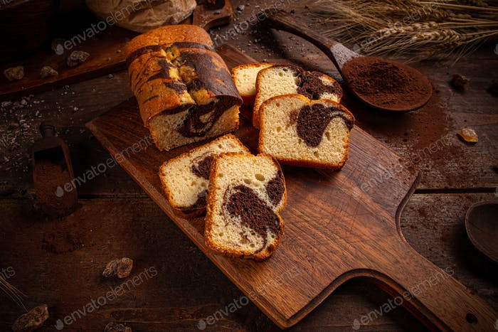 Loaf cake with cocoa