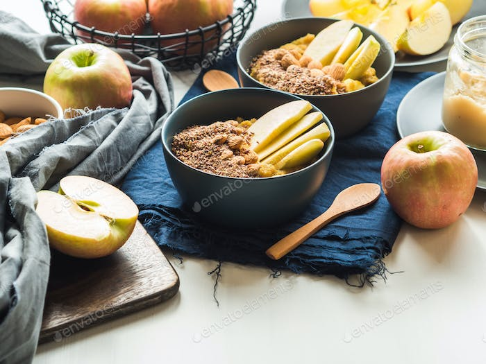 Healthy gluten free amaranth with apples.