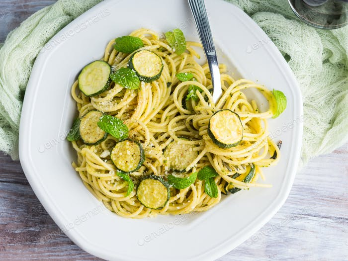 Spaghetti dish with zucchini and mint