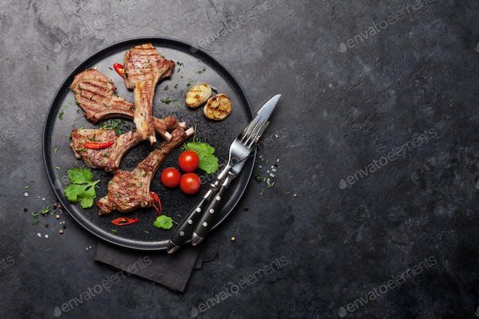 Grilled lamb ribs