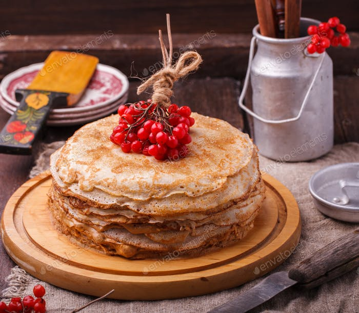 Layered cake made of pancakes
