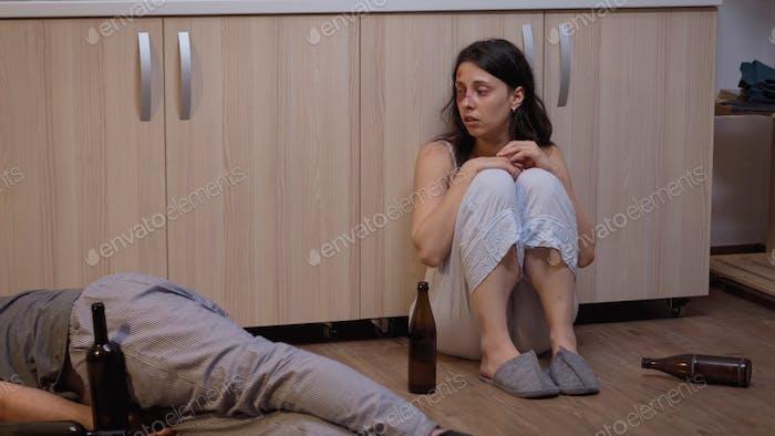 Missbrauchte Frau ruft um Hilfe