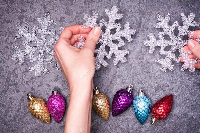 Weihnachts-Grußkarte Noel festlicher Hintergrund. Neujahrssymbol.