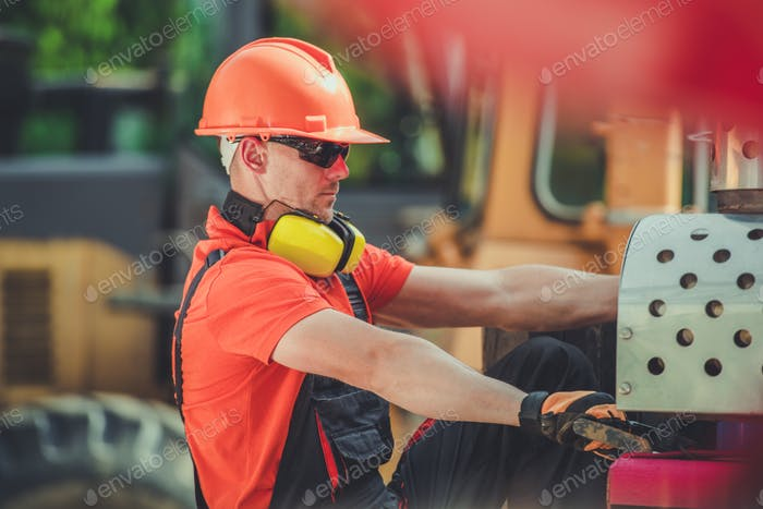 Heavy Construction Worker