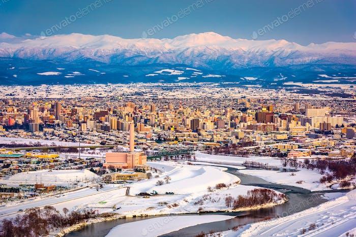 Asahikawa, Japan Winter Stadtbild in Hokkaido.