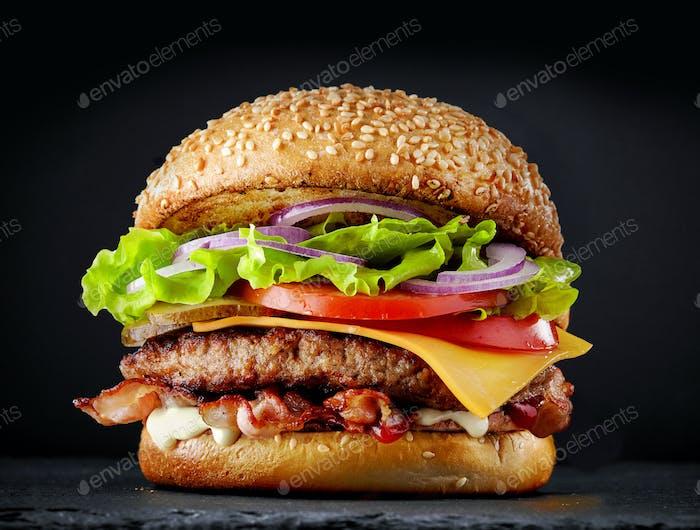 fresca y sabrosa hamburguesa