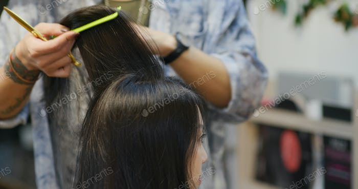 Woman go hair treatment at salon