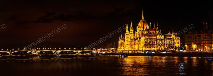 Parlaments- und Margaretenbrücke