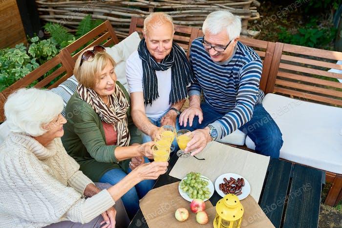 Reunión de amigos en la jubilación
