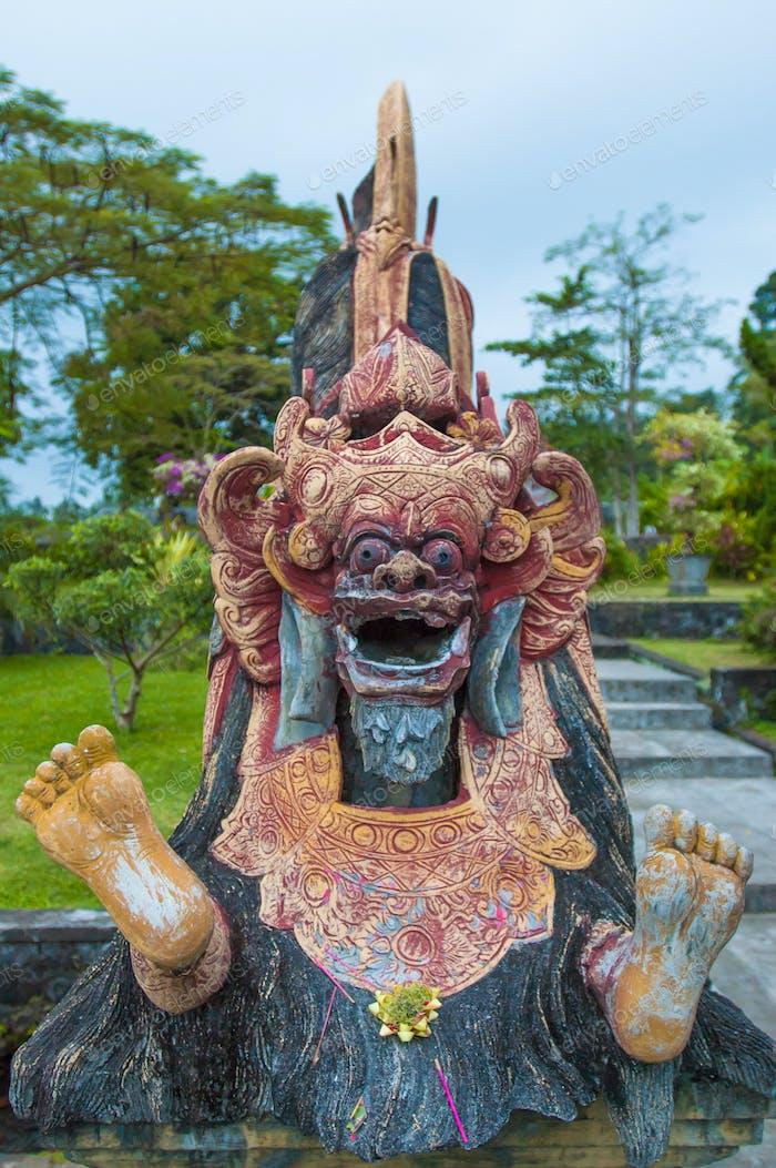 Stone sculpture, Tirtagangga