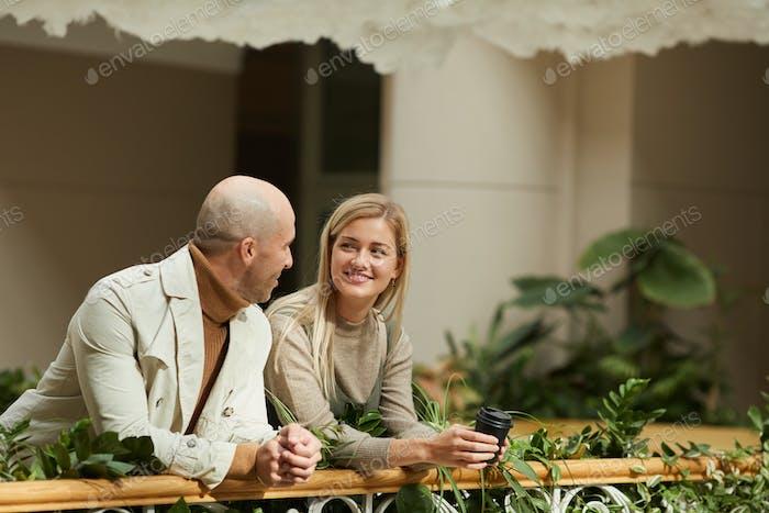 Пара на балконе