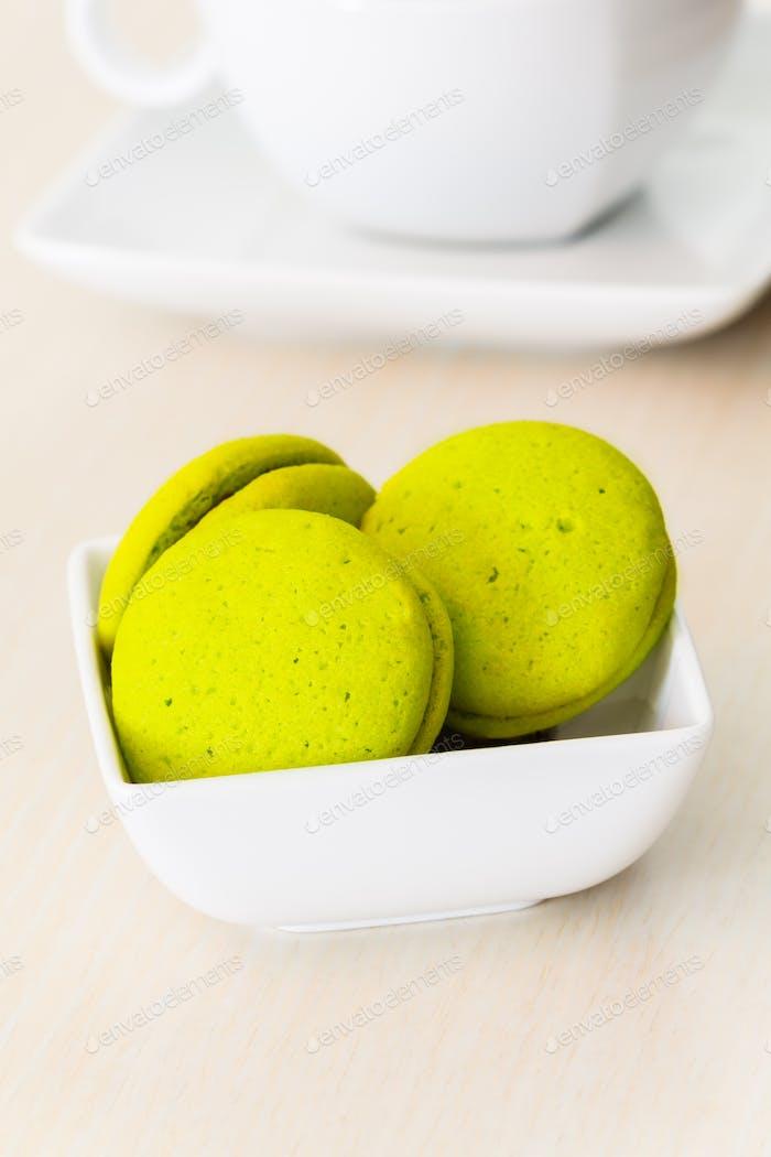 Mint marron cookies with chocolate cream