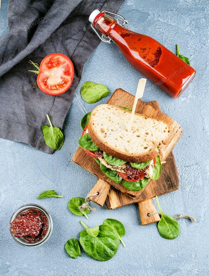 Chicken, sun-dried tomato and spinach sandwich