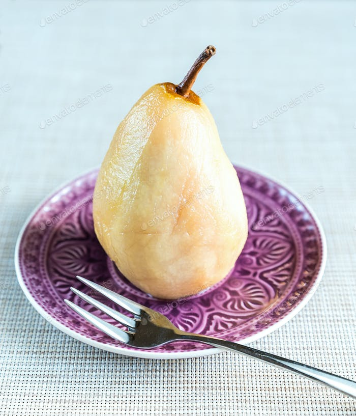 Pear poached in white wine