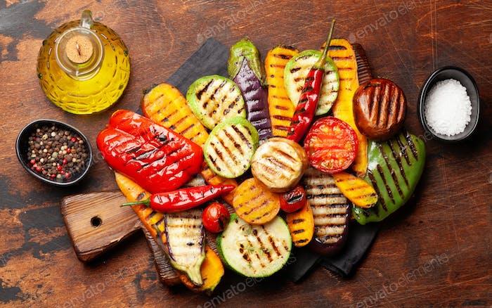 Verschiedene gegrillte Gemüse