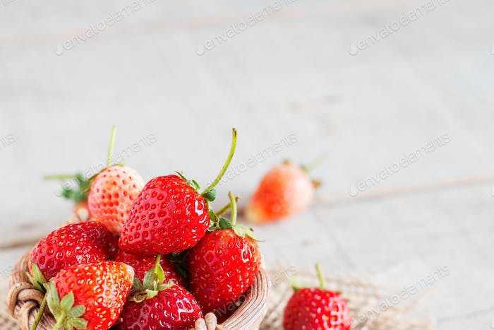 Redstrawberries in the basket