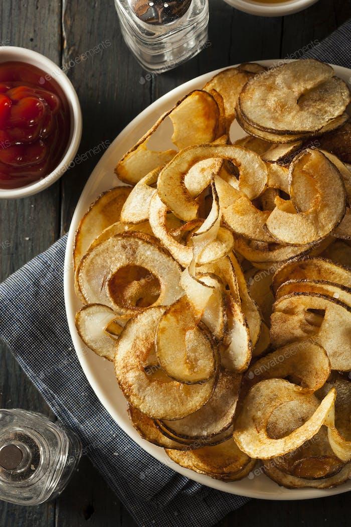 Hausgemachte Spiral Cut Kartoffelchips