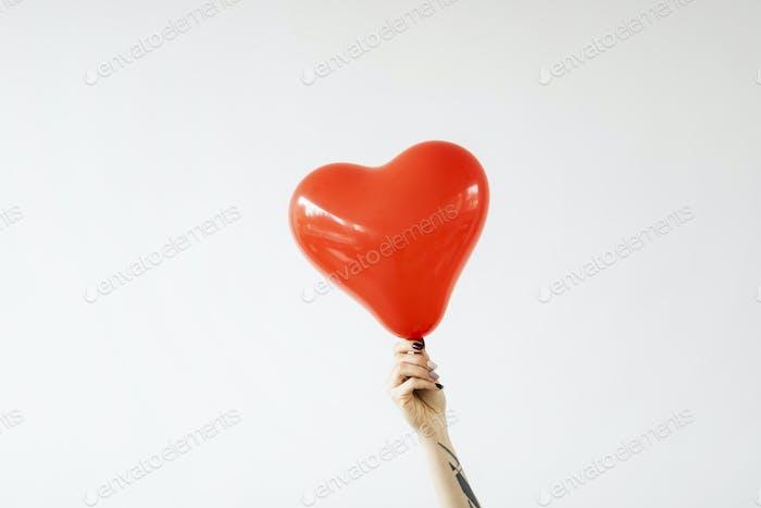 Red heart balloon banner