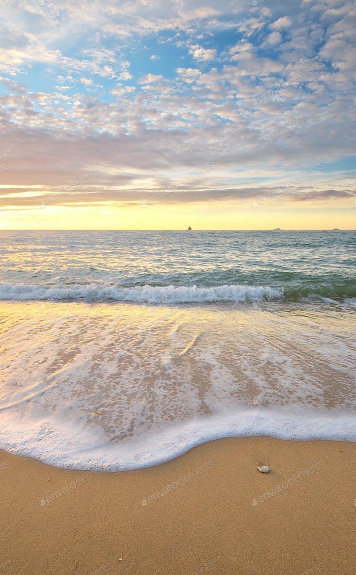 Pamorama de hermoso paisaje marino