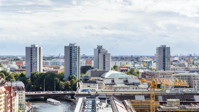Berlin mit Muhlendammbrucke (Mill Dam Brücke)