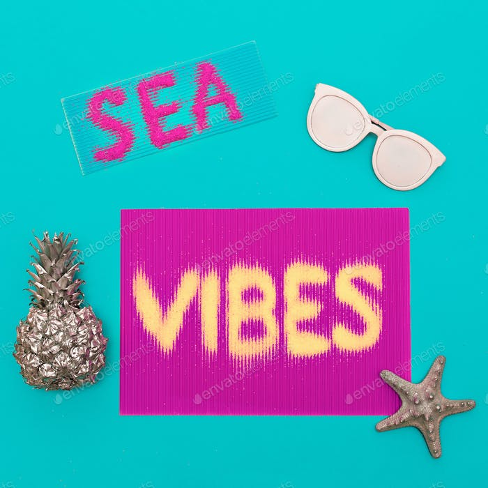 Beach and vacation. Ananas, sunglasses. sea vibes Minimal art de