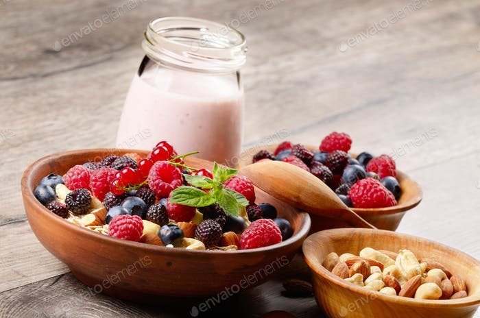 Oats nuts berries yogurt
