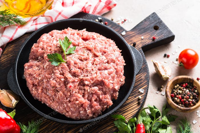 Minced meat and ingredients.
