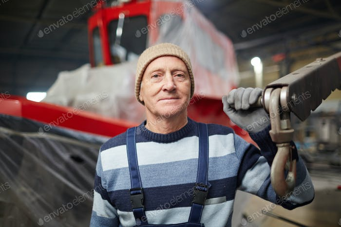 Shipyard engineer